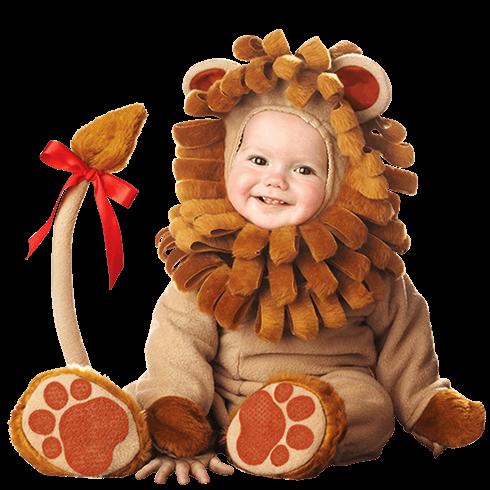 bebé con traje de león